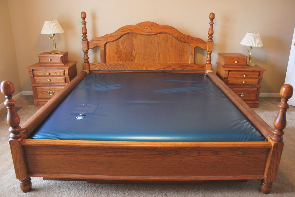 5 Amazing Waterbed Mattresses - Sail Away To A Good Night Sleep