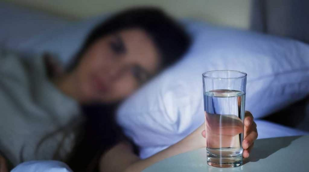 Dry Mouth at Night: Common Causes and Effective Solutions