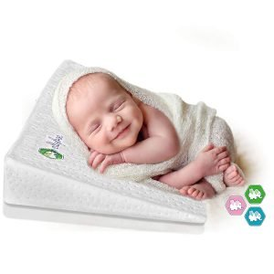 Ellybee Universal Crib Wedge Pillow 2 300x300 image