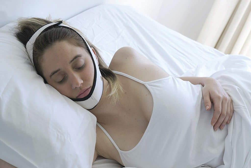 6 Best Chin Straps for Snoring: an Effective and Simple Solution to a Common Problem