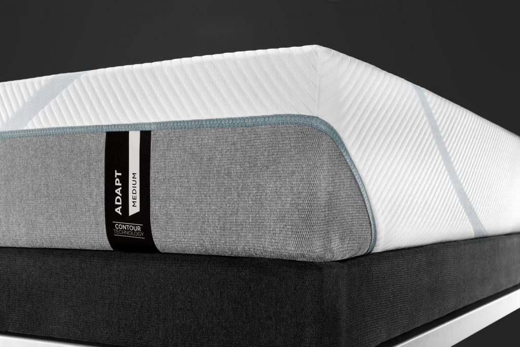 Tempur-Pedic vs Helix: Detailed Mattress Comparison