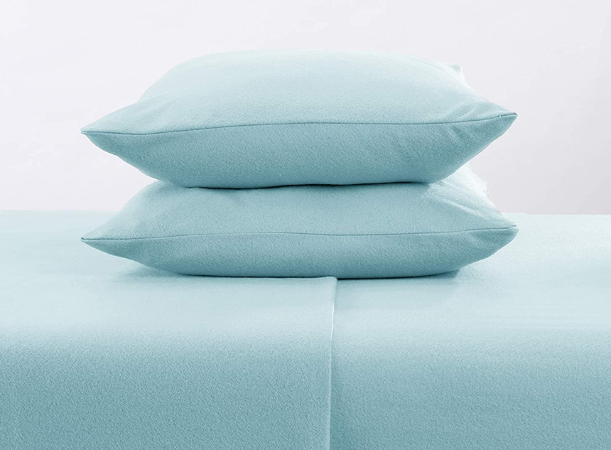 8 Best Fleece Sheets - When You Don't Want To Leave Your Bed