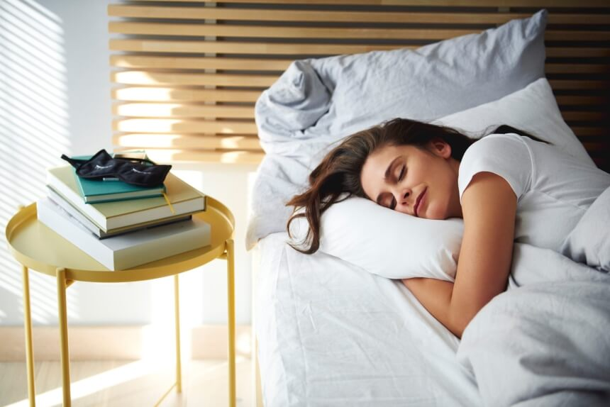 Feather vs. Down Pillow: What's the Difference?