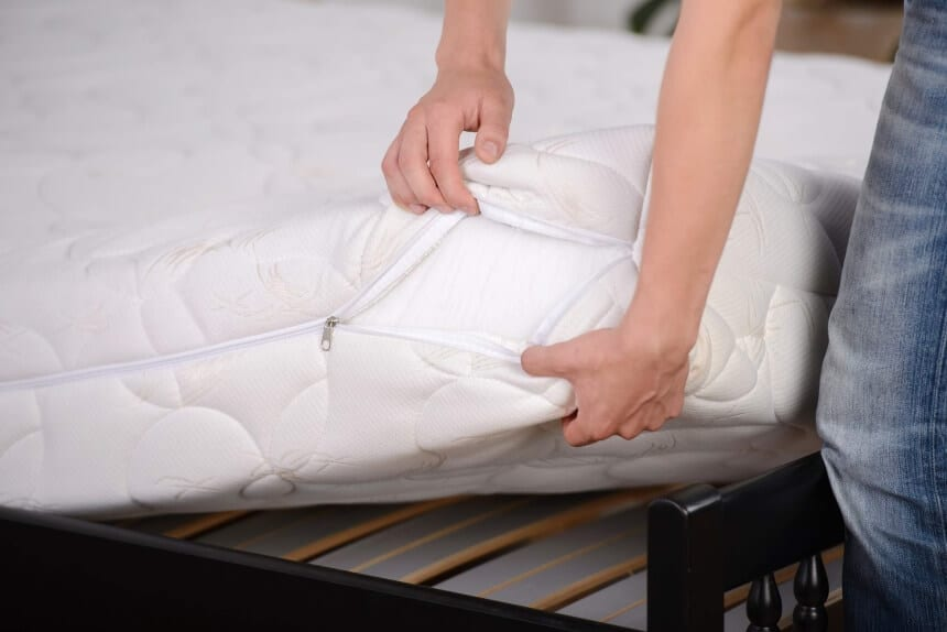 How to Get Vomit Out of Mattress?