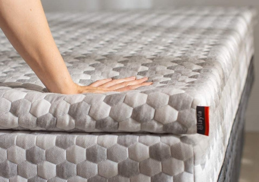 6 Best Futon Mattress Toppers for Even More Comfort!