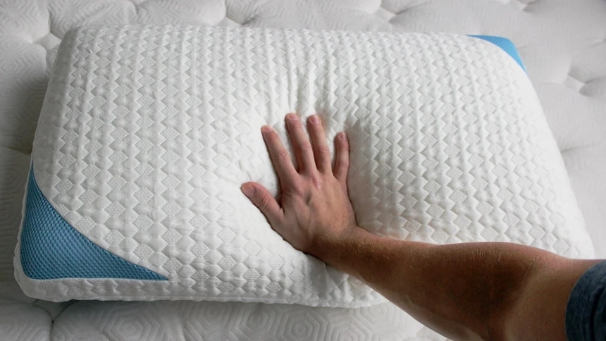 6 Best Hotel Pillows - Durable and Cozy
