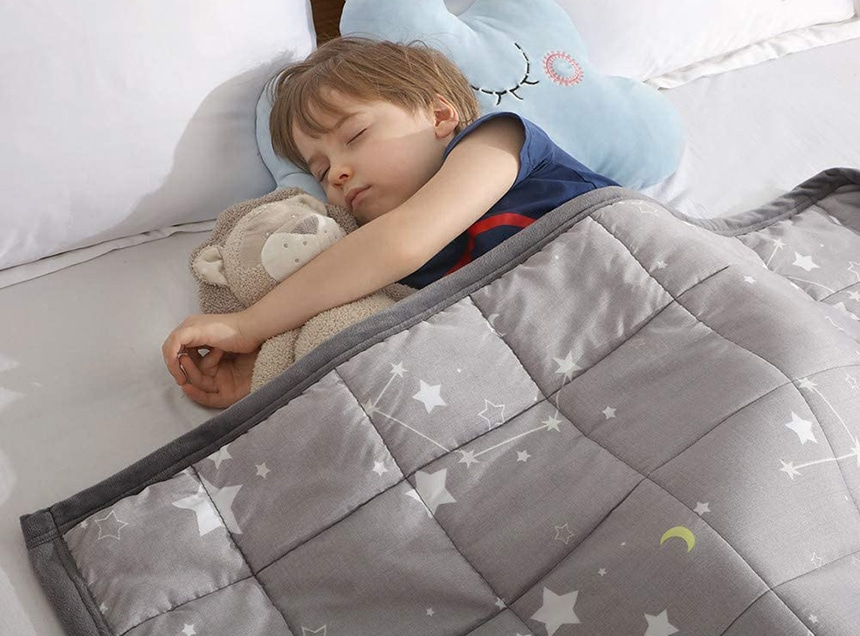 Top 10 Weighted Blankets for Kids – Easy Way to a Better Sleep!