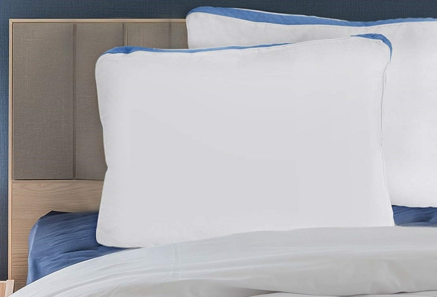 7 Best Polyester Pillows - Soft and Smooth
