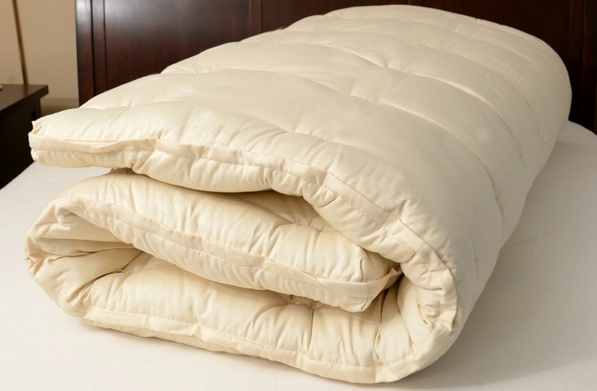 5 Best Wool Mattress Toppers - Natural and Warm