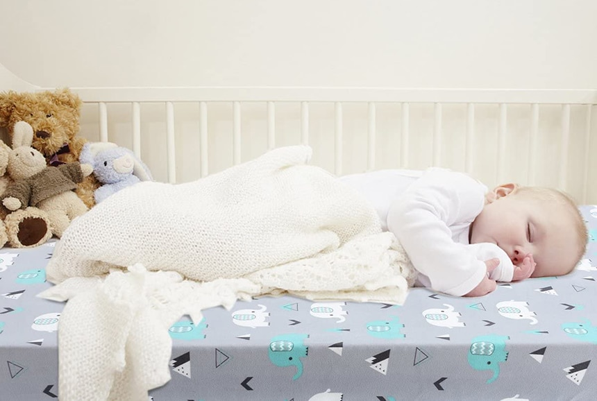 7 Best Crib Sheets to Make Sleep of Your Child Better