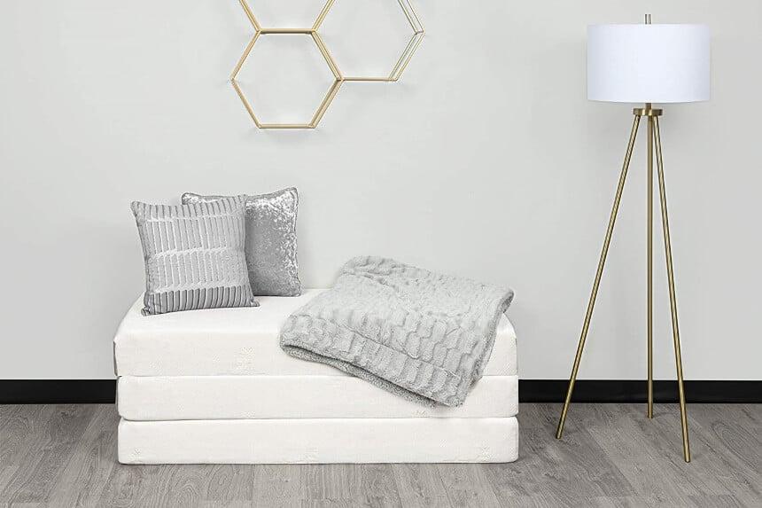 7 Best Floor Mattresses: Convenient Space-Saving Options