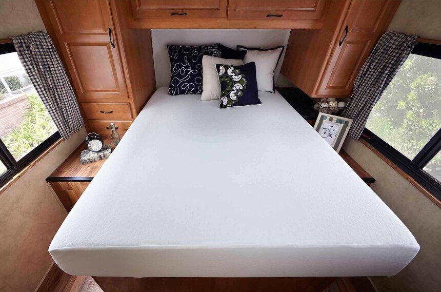5 Best Thin Mattresses - Our Most Comfortable Picks