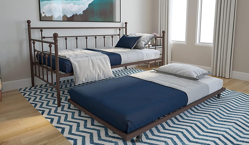 7 Best Daybeds with Pop-Up Trundle - Save Youself Some Precious Space!